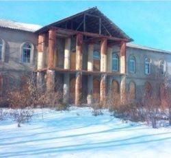 Двухэтажное здание под санаторий, клинику, школу 1