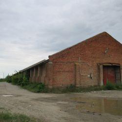 Продается зем.уч 0.89Га, со складом- 1572,5 кв.м под производство. 1