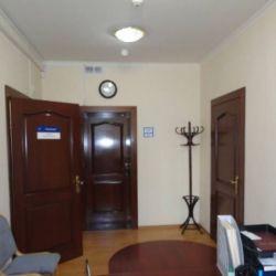 Продам офисное здание 1613 кв.м. 5