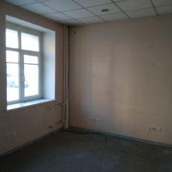 Офисное помещение по ул. Анатолия  5