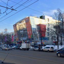 Торговая площадь на 1 этаже торгового центра в центре г. Пермь 1