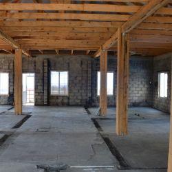 2-х этажное здание  на территории строй базы 4