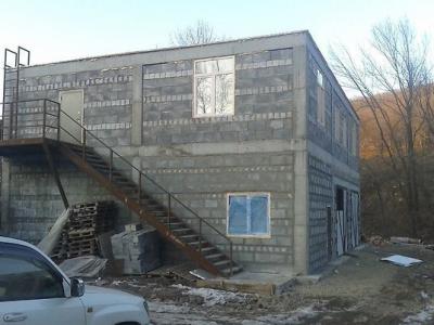 Производственно-складская база 330, участок 1202 кв.м.
