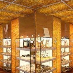 Магазин изделий из янтаря в Москве