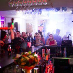 Ресторан-бар-клуб-караоке 9