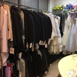 Шоу-рум свадебной одежды с большим товарным остатком 2