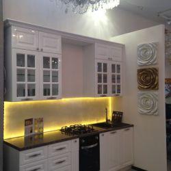Салон фирменных кухонь и мебели под заказ 2