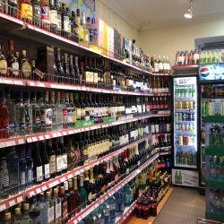 продуктовый магазин на Патриарших 6