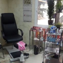 Продаю действующий готовый бизнес салон красоты 2