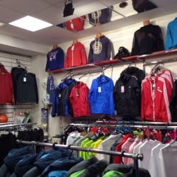 Отдел спортивной одежды  2