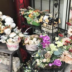 Цветочный магазин вблизи метро Тёплый Стан 4