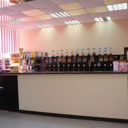 Магазин-кафе с разливными напитками
