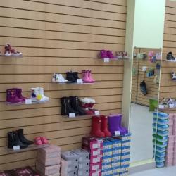 Готовый бизнес, бутитк детской обуви с товаром 3