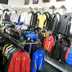 Продажа магазина одежды и аксессуаров 1