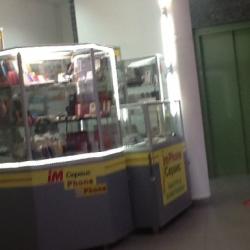 Отдел ремонта сотовых и продажа аксессуров 4