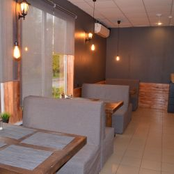 кафе-бар, продуктовый магазин 7