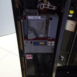 Снековый автомат в автосалоне 3