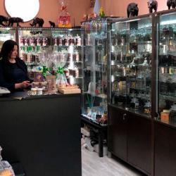 Действующий магазин по продаже чая и сувениров 1