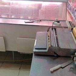 Торговый отдел под мясо и рыбу в высокопроходимом месте 2