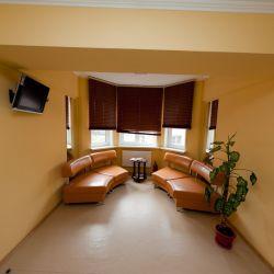 Стоматологическая клиника, спа-салон 7