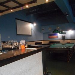 Бильярдный клуб, бар
