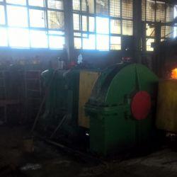 Работающий завод по производству стальной арматуры