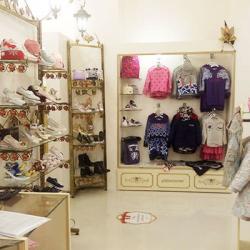 Салон детской одежды от известных брендов 1