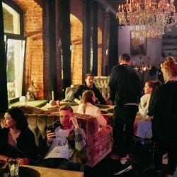 Продаю прибыльный бизнес бар-ресторан «liquor» 1