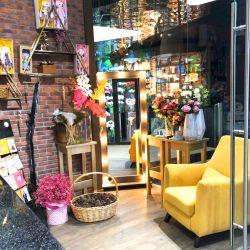 Цветочный бутик в проходном месте 1