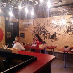 Стильное кафе авторской кухни 2