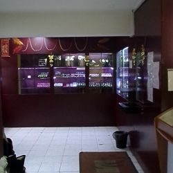 Ломбард и ювелирный магазин