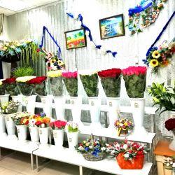 Магазин цветов. Работает 3 года. Активы 590.000 р. 1