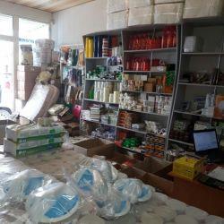 Три действующих магазина с товаром в ассортименте и оборудованием