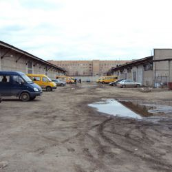 2 складских помещения, возможна продажа по частям