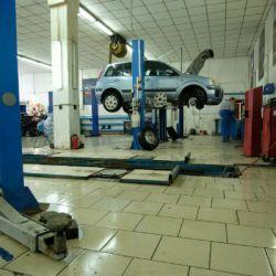 Автосалон официального дилера «Ford» 3