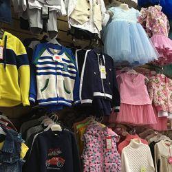 Магазин детской и подростковой одежды в ТРЦ 4