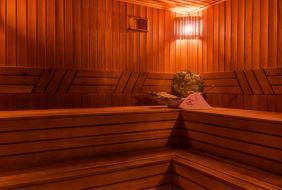 Продажа готового бизнеса сауна массажный салон работа на байкале свежие вакансии
