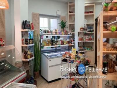 Магазин продуктов: помещение в собственности