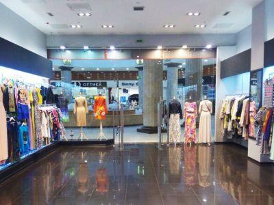 Магазин дизайнерской одежды