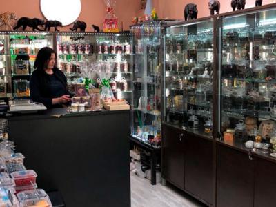 Действующий магазин по продаже чая и сувениров