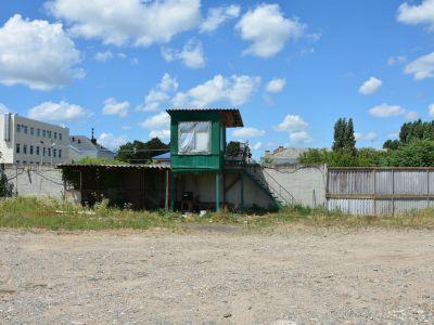Земельный участок 5335 м. кв   соток с ангаром 564  м кв