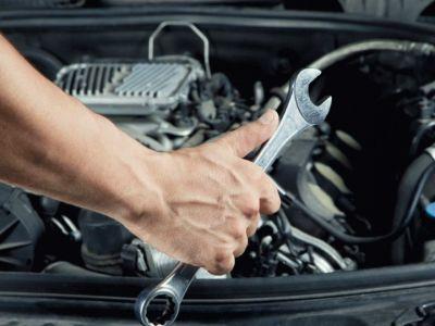 Доля в автотехцентре полного цикла услуг