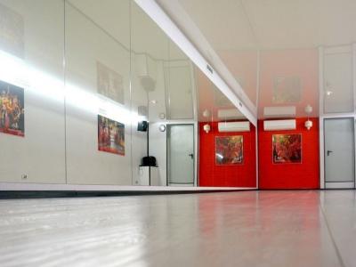 Танцевальная студия в центре