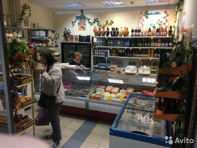 Магазин продуктов из Армении в проходном месте