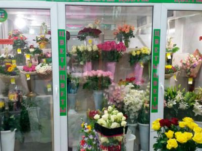 Магазин цветов в высокопроходимом месте, ЮАО