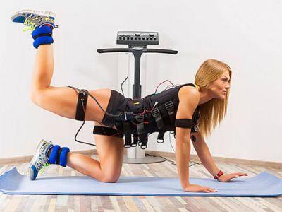 Популярный фитнес центр ЕМС тренировок. Отрадное