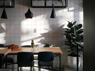 Кафе table