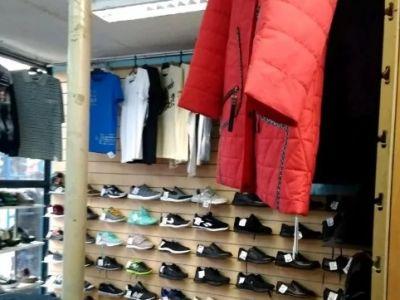 Магазин обуви/ одежды в ТЦ с товаром (10 лет)