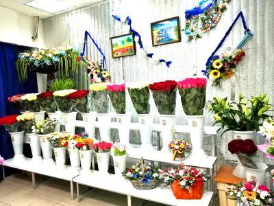 Магазин цветов. Работает 3 года. Активы 590.000 р.
